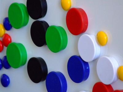Kreative Wandgestaltung mit Magnetfarbe | SchoenesZuhause.com
