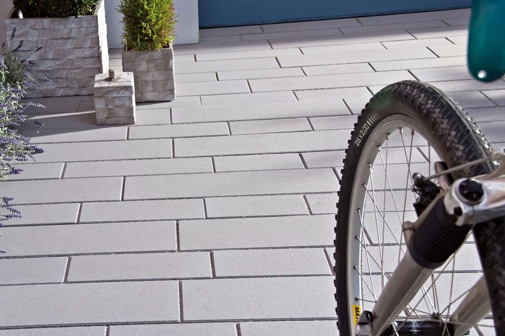 Terrasse Und Wege Kreativ Mit Pflastersteinen Gestalten Modischer