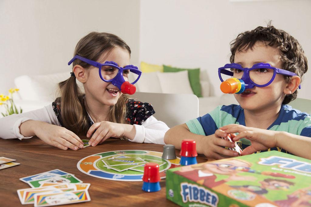 Spielende Kinder - Foto: djd/Spin Master